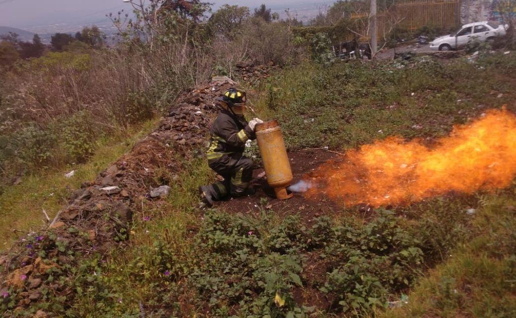 fuga de cas como poner un tanque de gas bomberos cdmx