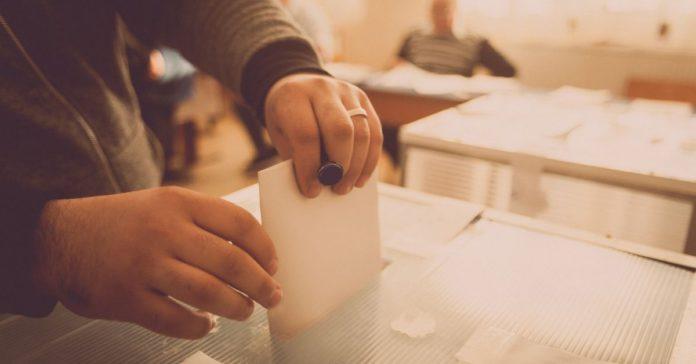 No eches tu voto a la basura. Votar en protesta no cuenta portada