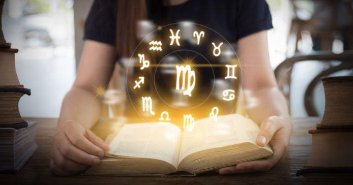 Por qué confiamos en los horóscopos portada
