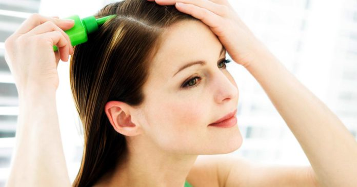 Tintes-naturales-para-esconder-las-canas-y-sin-dañar-tu-cabello