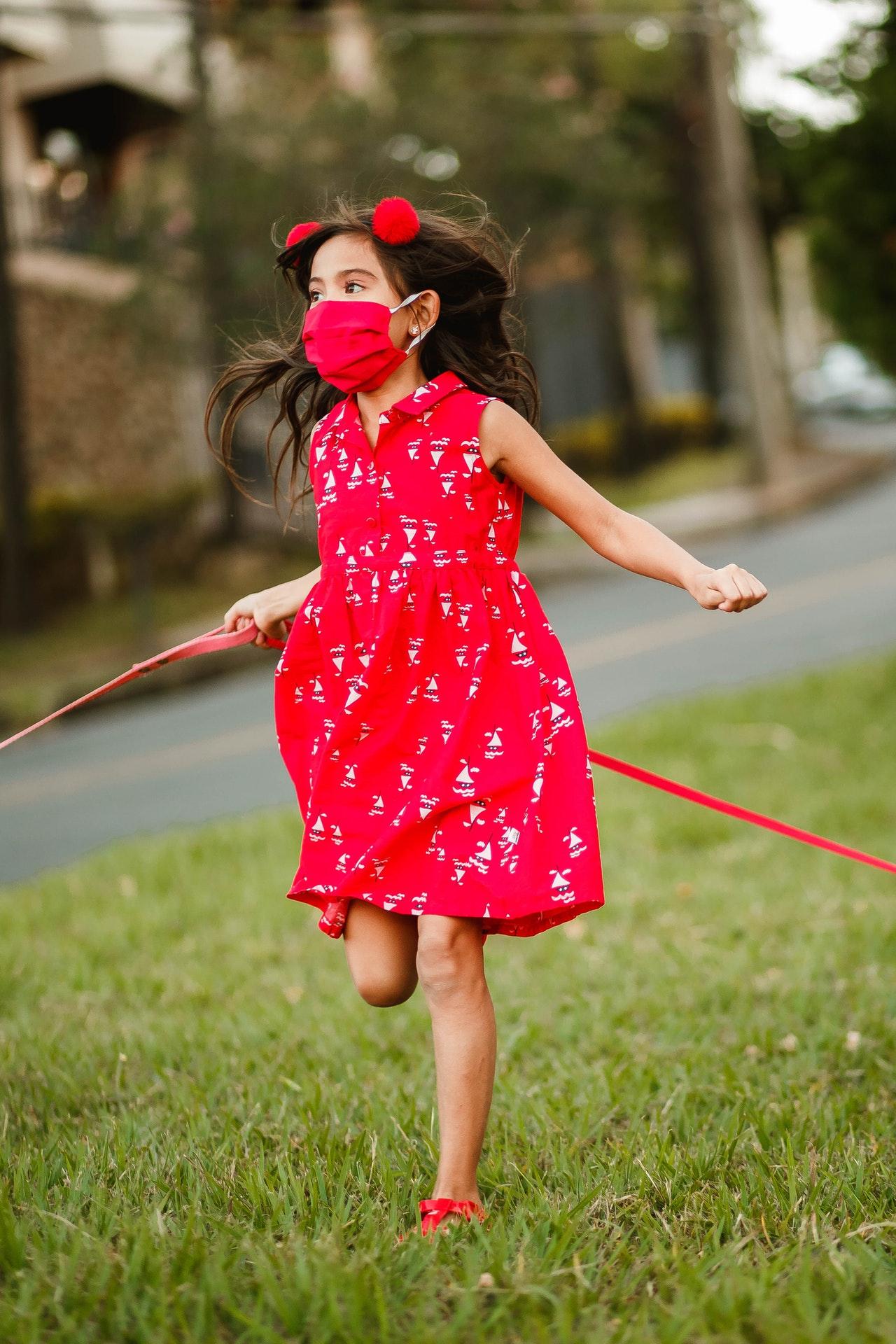 Pueden elegir los niños su propio cubrebocas Foto: Pexels