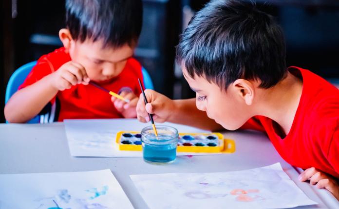 Hay ventajas y desventajas de que los niños estudien en casa | Foto: Pixabay