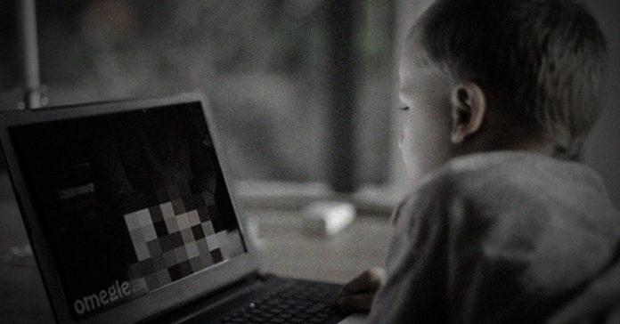 omegle tiktok riesgos niños menores de edad